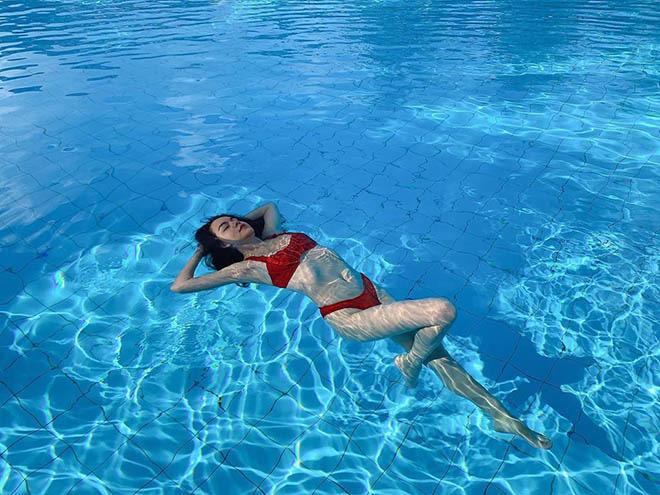 Phạm Quỳnh Anh mặc bikini, khoe vẻ gợi cảm ở tuổi 36 - Ảnh 8.