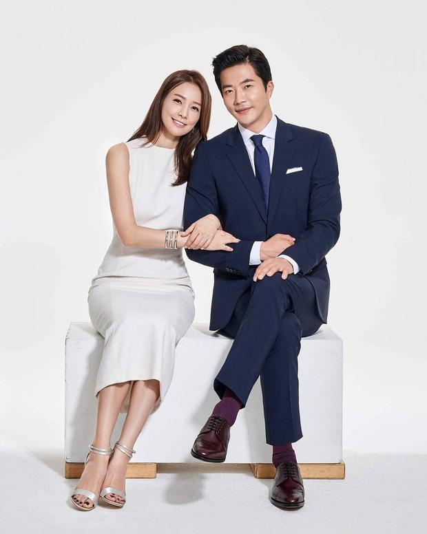 """Rò rỉ bức ảnh """"ngàn năm có một"""" thời mới hẹn hò của Kwon Sang Woo và vợ hoa hậu: Bảo sao đến giờ vẫn viên mãn! - ảnh 2"""