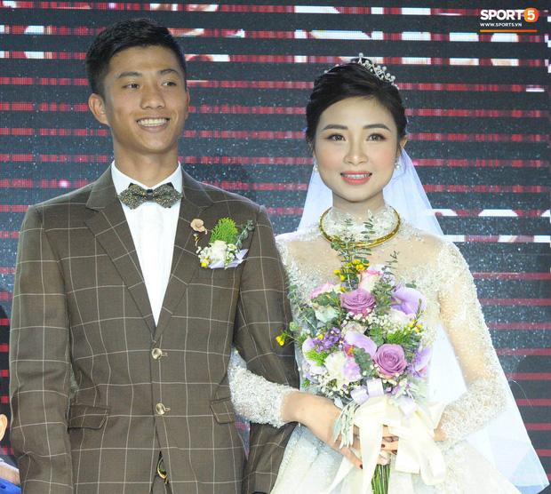 Vợ chồng Văn Đức - Nhật Linh đi hưởng tuần trăng mặt ở Đà Lạt, khoe ảnh sống ảo ở khung cảnh đẹp mê hồn - Ảnh 2.