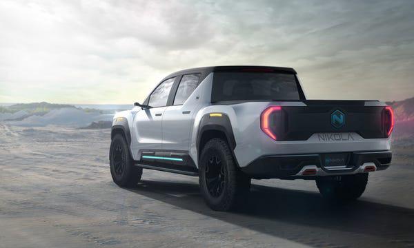 Xe bán tải điện đối thủ của Tesla Cybertruck lộ diện: trâu hơn, thiết kế nội thất như xe tương lai - Ảnh 5.