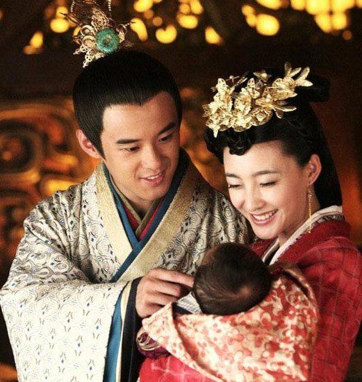 Phi tần nhận sủng ái bậc nhất trong lịch sử Trung Quốc: Được phong thành Thái hậu ngay khi Hoàng đế vẫn còn tại thế và khỏe mạnh - Ảnh 2.