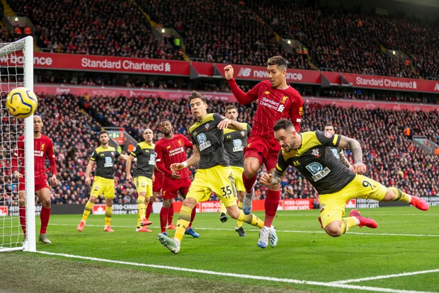 Nhờ pha bóng gây nhiều tranh cãi, Liverpool gia tăng cách biệt với đội nhì bảng lên 22 điểm: BTC nên trao luôn cúp Ngoại hạng cho thầy trò Klopp! - Ảnh 3.