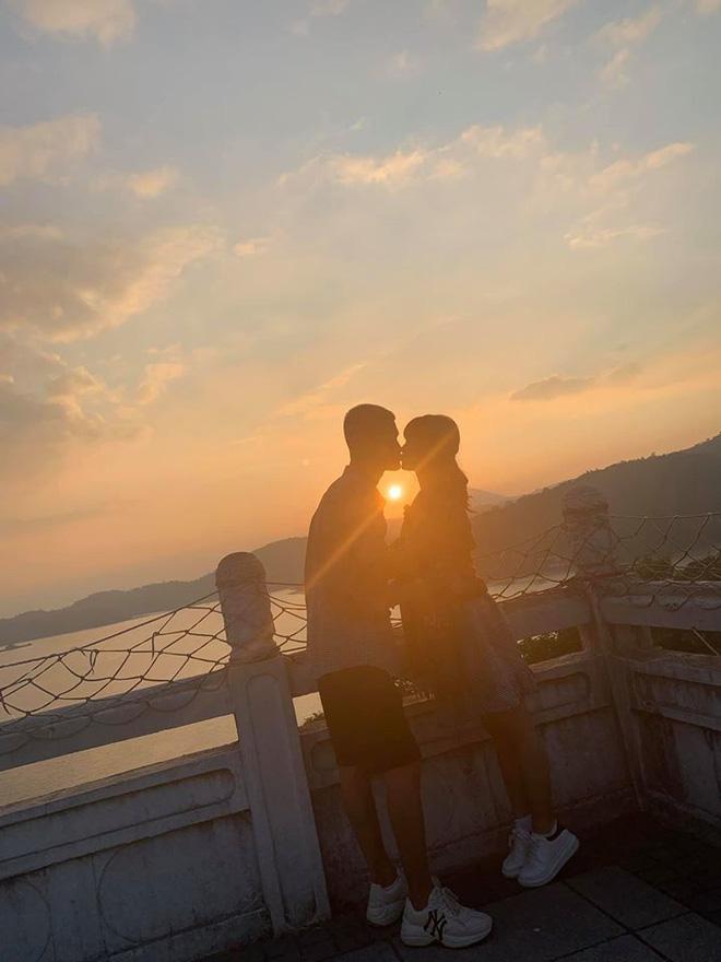 Chúc mừng Duy Mạnh kết hôn, Mạc Văn Khoa và bạn gái trót làm lộ luôn thông tin đám cưới với thời gian cụ thể? - Ảnh 3.