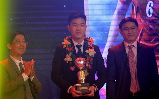 BLV Quang Huy: Quân HAGL lỡ QBV 2019 vì SEA Games nhưng có thể ẵm giải trong năm 2020 - Ảnh 2.