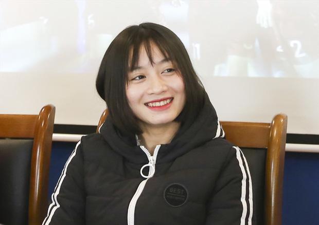 Báo Thái bất ngờ chọn hotgirl tuyển nữ Hoàng Thị Loan vào Top 10 nữ cầu thủ xinh đẹp nhất châu Á - Ảnh 2.