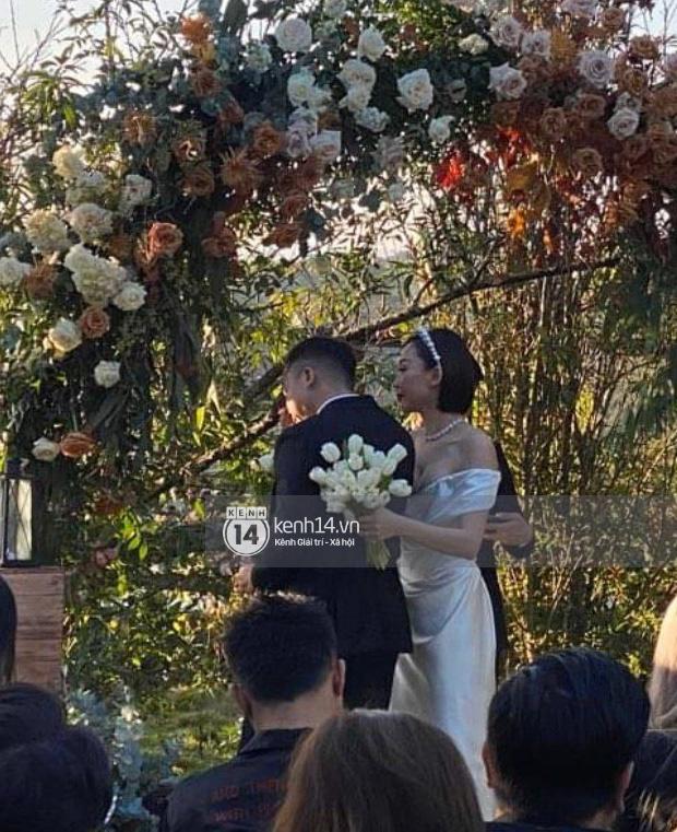 Tóc Tiên chính thức lên tiếng chia sẻ lý do giấu kín hôn lễ với Hoàng Touliver - Ảnh 1.
