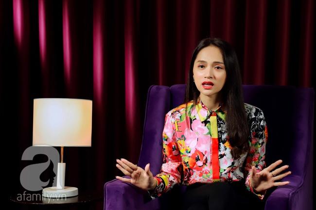 Hoa hậu Hương Giang: Sợ hãi khi nói về đám cưới, muốn đổi mọi thứ để được sinh con - ảnh 12