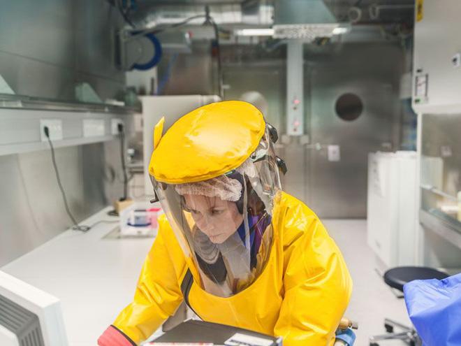 Bên trong phòng thí nghiệm an toàn sinh học BSL-4: Nơi virus không thể nào thoát ra ngoài - Ảnh 14.