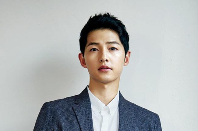 """Hai chàng Đại úy đi qua cuộc đời Song Hye Kyo: Đều giàu có và điển trai nhất nhì showbiz nhưng Hyun Bin lại """"ghi điểm"""" hơn Song Joong Ki ở điểm này? - ảnh 3"""