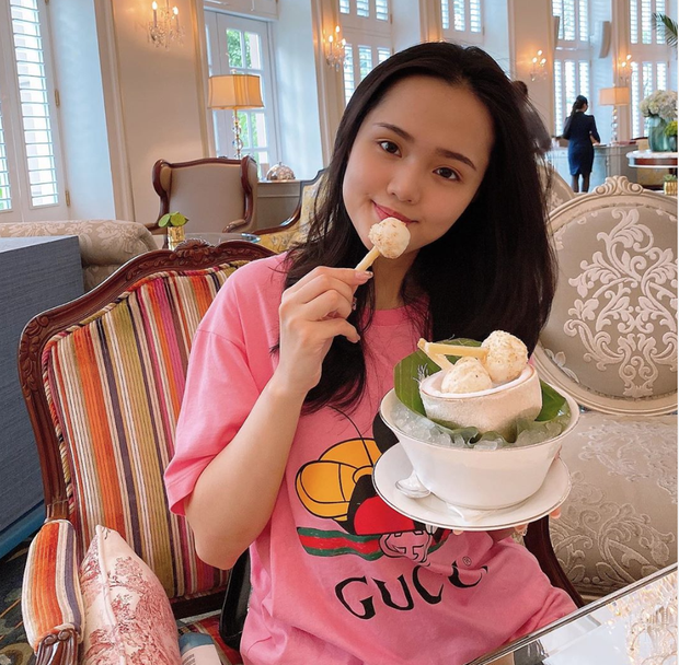 Con gái cựu chủ tịch CLB Sài Gòn - Quỳnh Anh tiết lộ lý do phải hoãn tuần trăng mật với Duy Mạnh sau đám cưới xa hoa - Ảnh 1.