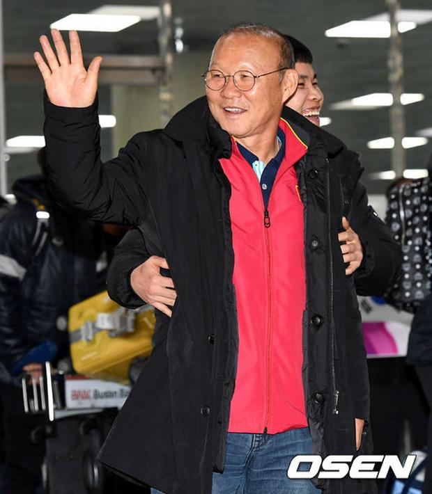 HLV Park Hang-seo có thể lùi lịch trở lại Việt Nam lần thứ 3 vì tình hình Covid-19 diễn biến khó lường ở quê nhà - Ảnh 1.