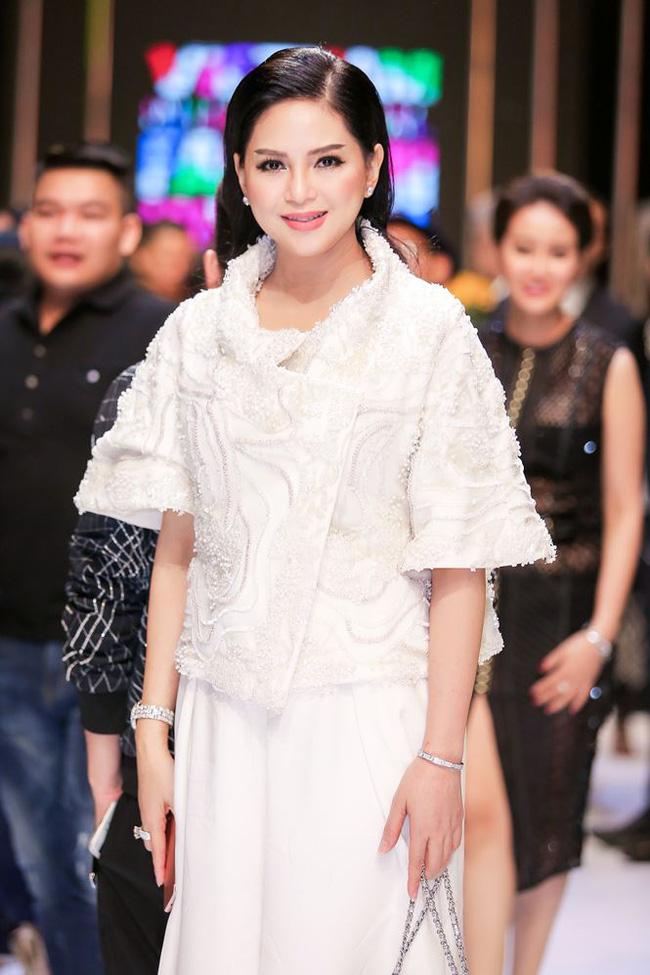 3 cặp mẹ con châu Á trẻ đẹp khiến ai cũng nhầm là chị em, đại diện Việt Nam là nhân vật sừng sỏ nổi tiếng mạng xã hội - ảnh 21