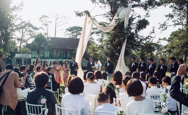 Nên duyên nhờ mảnh vườn đẹp, chàng kiến trúc sư tự tay chuẩn bị đám cưới như thơ ở Đà Lạt để chiều ý nguyện người yêu - ảnh 3