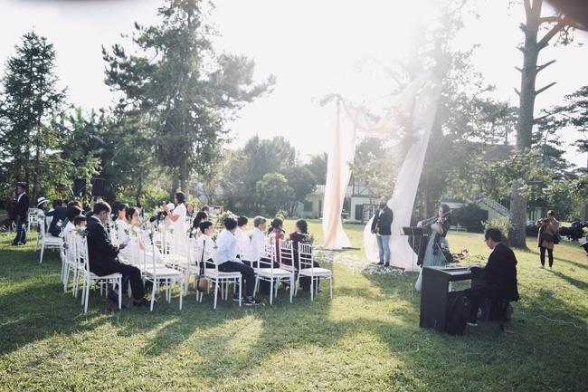 Nên duyên nhờ mảnh vườn đẹp, chàng kiến trúc sư tự tay chuẩn bị đám cưới như thơ ở Đà Lạt để chiều ý nguyện người yêu - ảnh 6
