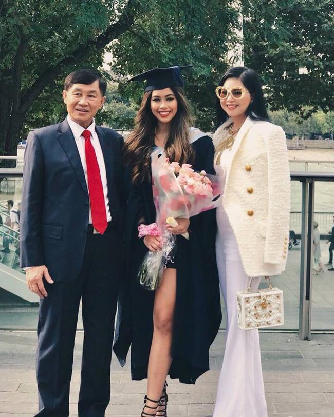 3 cặp mẹ con châu Á trẻ đẹp khiến ai cũng nhầm là chị em, đại diện Việt Nam là nhân vật sừng sỏ nổi tiếng mạng xã hội - ảnh 19