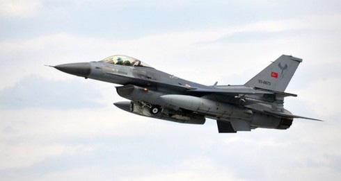 F-16 của Thổ Nhĩ Kỳ bị Su-35 truy sát ở Idlib? - Ảnh 2.