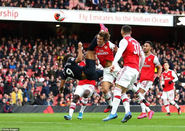 Arsenal 3-2 Everton: Lấy công bù thủ, chiến thắng nghẹt thở! - Ảnh 1.