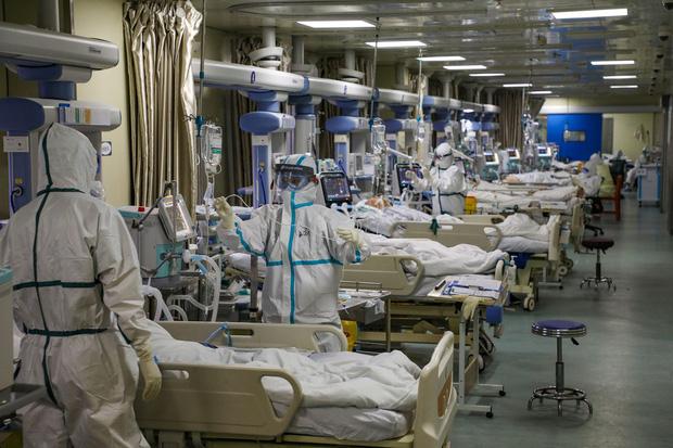 Đến Vũ Hán chăm sóc bạn gái bị ốm, chàng trai nhiễm virus corona nhưng lại nhận ra được điều ý nghĩa trong thời gian ở bệnh viện dã chiến - Ảnh 3.