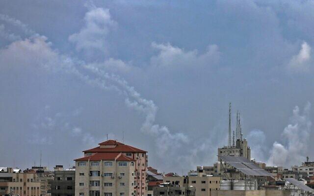 Israel bị tấn công, báo động Đỏ - TTg Netanyahu họp khẩn, Gaza sắp rực lửa chiến tranh? - Ảnh 9.