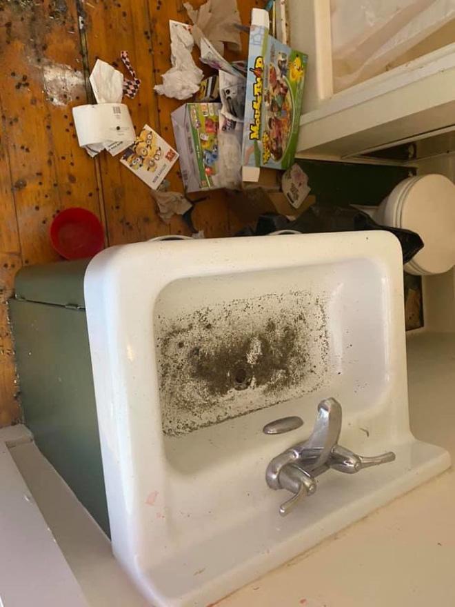 Khách trọ chuyển đi bỏ lại căn phòng ngập ngụa trong rác thải và mùi hôi thối, chủ nhà phải ngậm đắng nuốt cay chịu thiệt hại hơn 200 triệu - Ảnh 6.