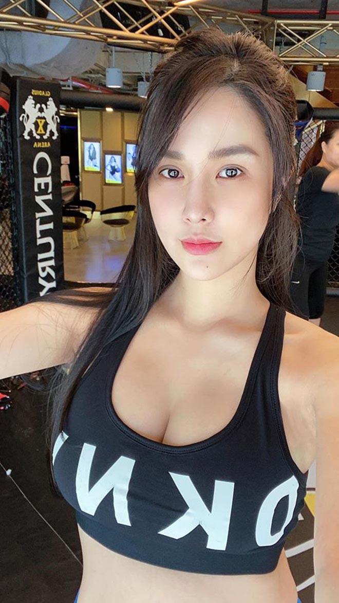 Diệp Lâm Anh khoe vóc dáng gợi cảm với bikini sau hơn 3 tháng sinh con cho chồng thiếu gia - Ảnh 3.