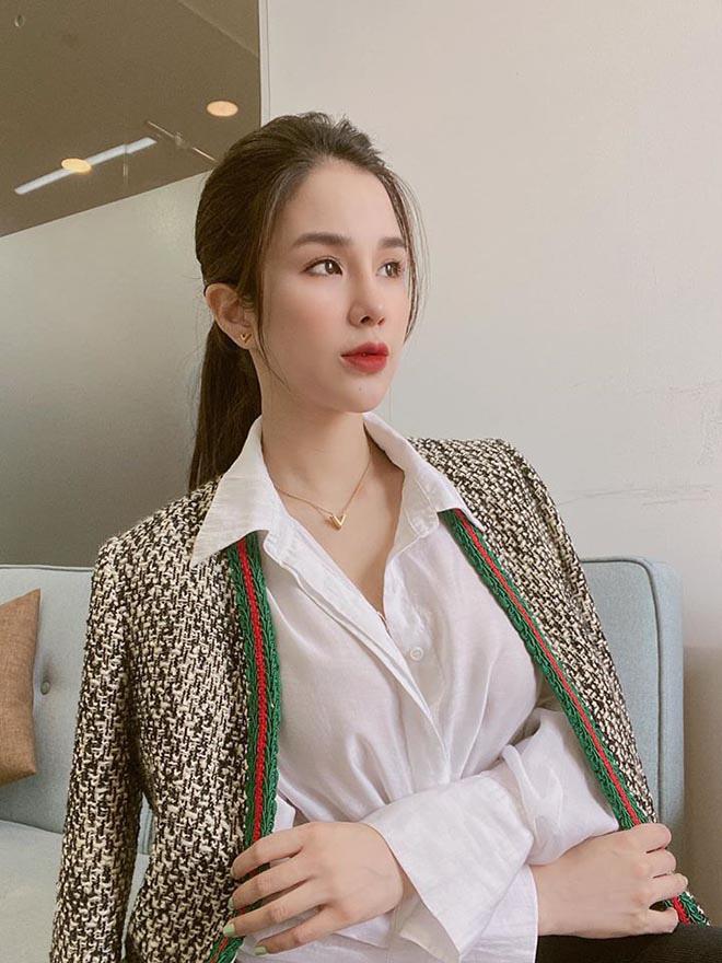Diệp Lâm Anh khoe vóc dáng gợi cảm với bikini sau hơn 3 tháng sinh con cho chồng thiếu gia - Ảnh 9.