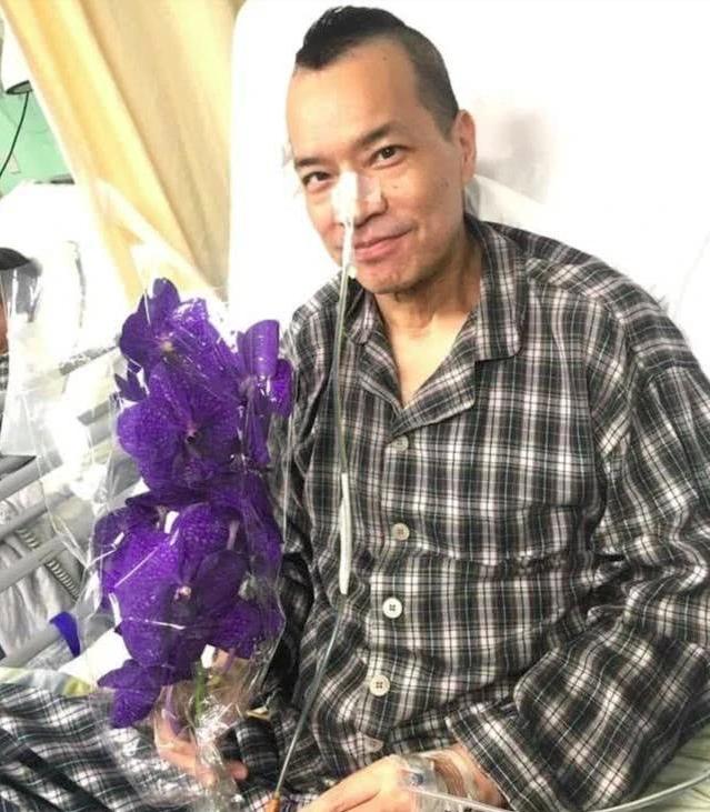 Tài tử Anh hùng xạ điêu: Cuộc đời bất hạnh vì bệnh tật, công khai đồng tính ở tuổi 60 - Ảnh 6.