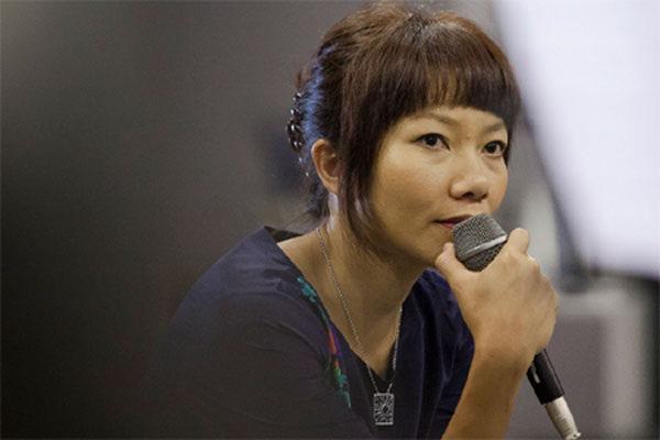 Diva Hà Trần lên tiếng về chuyện cưa sừng làm nghé, cạnh tranh với đàn em Hari Won - Ảnh 3.