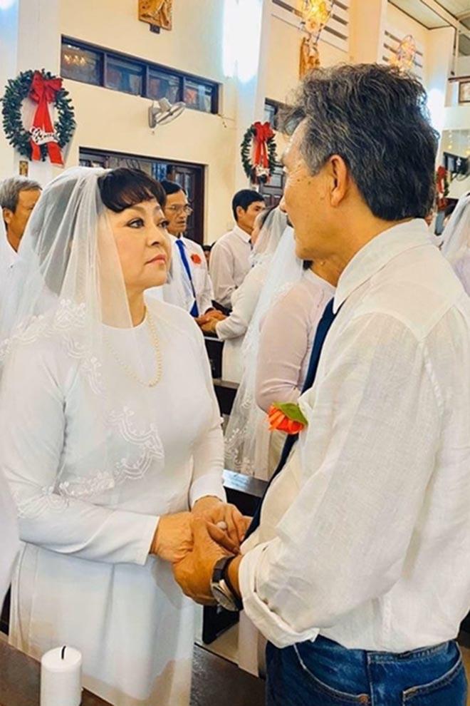 Cuộc sống giàu có ở tuổi 64 của danh ca Hương Lan cùng người chồng thứ hai - Ảnh 6.