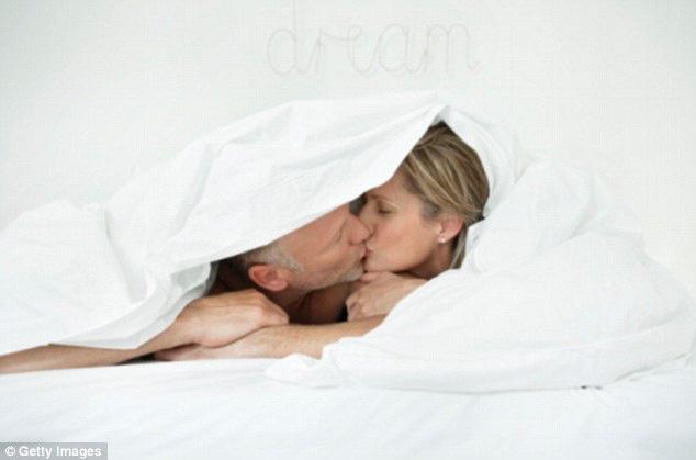 Lý do tình dục tốt cho chuyện tình cảm - Ảnh 1.