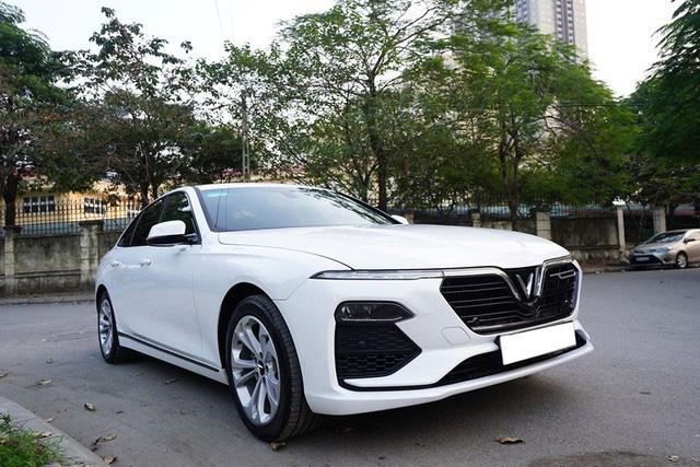 Giá xe VinFast Lux A2.0 chạy lướt hạ nhiệt, xe mới mua 3 tháng bán rẻ ngang Toyota Altis 2020 - Ảnh 2.