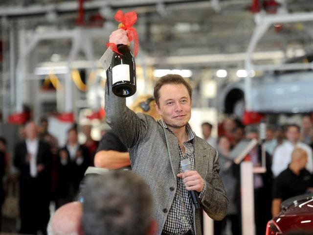 photo 15 158264165152773424594 Một ngày làm việc của tỷ phú Elon Musk diễn ra như thế nào?