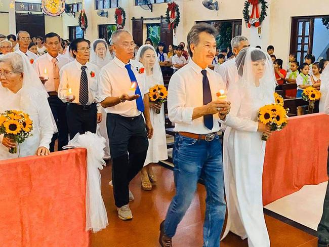 Danh ca Hương Lan bất ngờ làm cô dâu ở tuổi 63, tổ chức hôn lễ tại nhà thờ Ba Giồng, Tiền Giang - Ảnh 3.