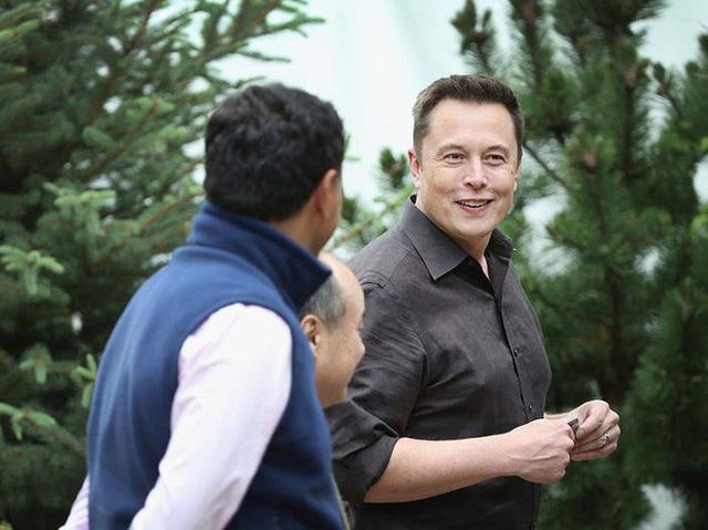 photo 2 15826416514841391886683 Một ngày làm việc của tỷ phú Elon Musk diễn ra như thế nào?