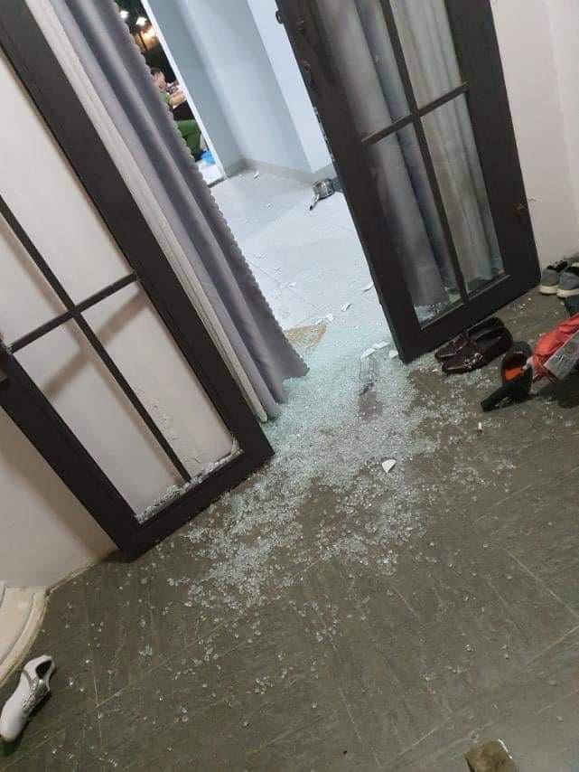 Giang hồ mang mã tấu đến đập phá biệt thự của Chủ tịch HĐQT 1 công ty bất động sản - Ảnh 2.
