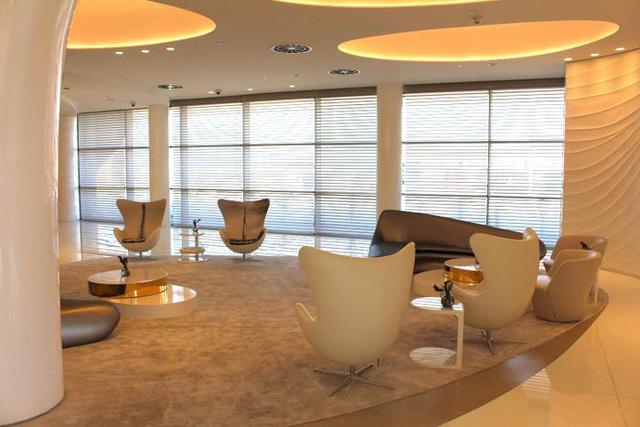 Một ngày trải nghiệm bên trong phòng chờ VIP dành cho giới siêu giàu tại sân bay Dubai: Tốn 11.000 USD/h tiền bay nhưng đáng từng đồng tiền bát gạo! - Ảnh 7.