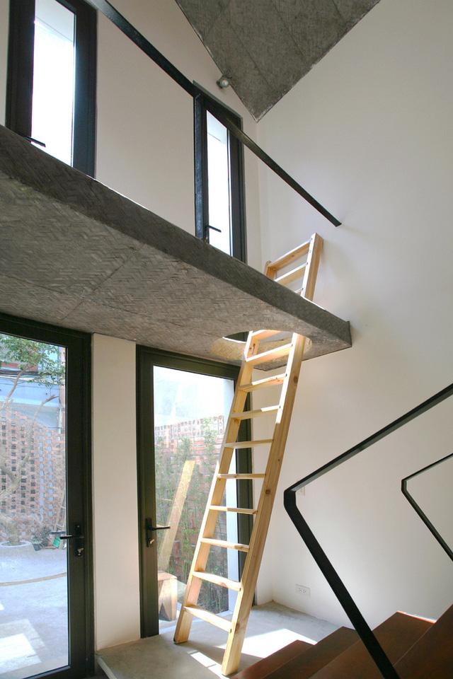 Ngôi nhà 40 m2 tối giản khác biệt trong căn hẻm nhỏ Hà Nội - Ảnh 8.