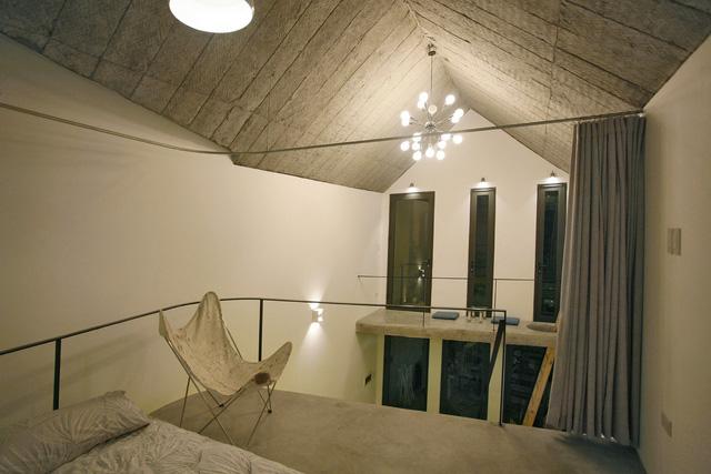 Ngôi nhà 40 m2 tối giản khác biệt trong căn hẻm nhỏ Hà Nội - Ảnh 10.
