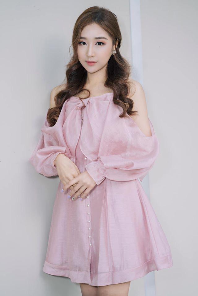 Chân dung nữ ca sĩ người Hàn Quốc gây bão vì khen ngợi bánh mì trên sóng VTV - Ảnh 8.