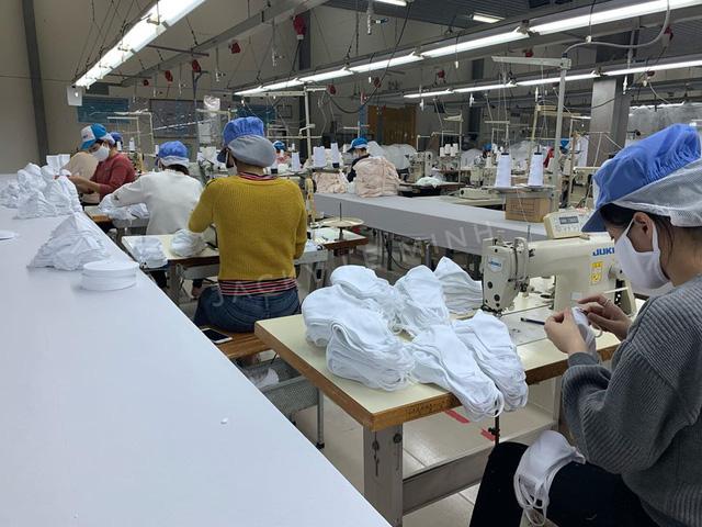 Everon phát miễn phí 50.000 khẩu trang vải, Vinatex ra mắt khẩu trang diệt khuẩn tái sử dụng 30 lần giá 7.000 đồng/chiếc - Ảnh 2.