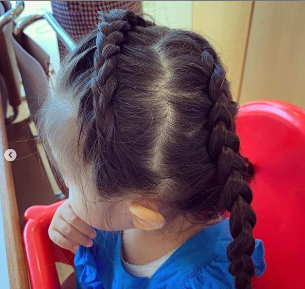 Cô bé Chanco với mái tóc xù trứ danh ngày nào nay đã lớn phổng phao và khiến nhiều người bất ngờ với hình ảnh hiện tại - Ảnh 14.