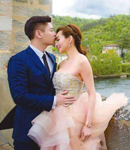 Hoa hậu châu Á gợi cảm nức tiếng: Bị chồng ruồng bỏ vì ngoại tình, U60 vẫn khoe hình thể - Ảnh 7.