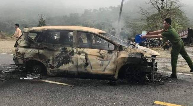 Danh tính nạn nhân tử vong trong vụ xe Xpander phát nổ trên đường Hồ Chí Minh - Ảnh 1.