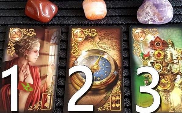 Quân bài Tarot bạn chọn mang đến lời khuyên hữu ích: Số 1 sẽ giúp bạn tự tin, tỏa sáng hơn