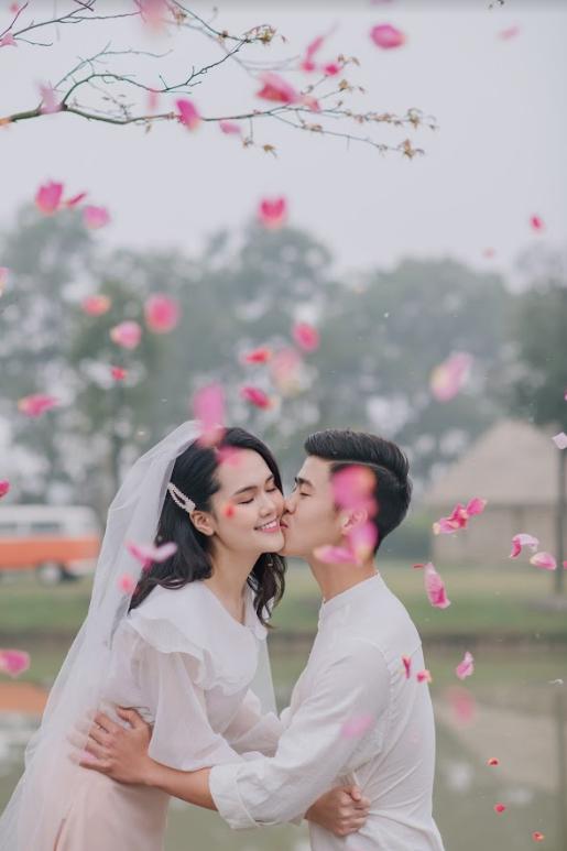 Duy Mạnh tung bộ ảnh cưới mới, lãng mạn, tình tứ bên Quỳnh Anh - Ảnh 13.