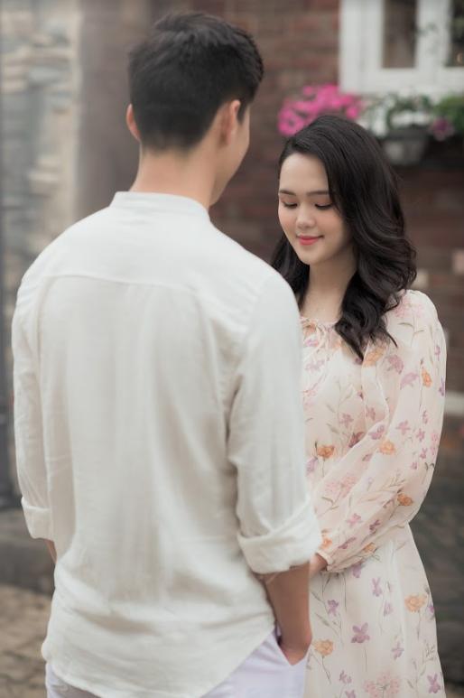 Duy Mạnh tung bộ ảnh cưới mới, lãng mạn, tình tứ bên Quỳnh Anh - Ảnh 2.