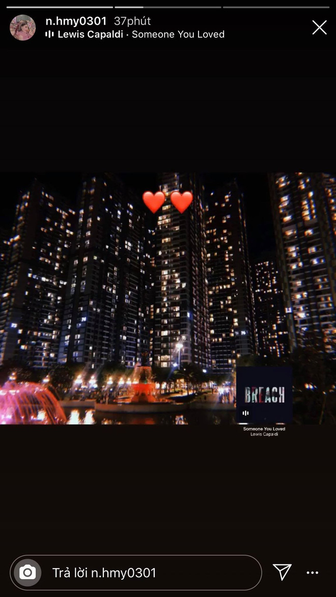 Vừa lộ ảnh tình tứ dựa vai, Quang Hải và cô chủ tiệm nail tiếp tục bị soi hẹn hò lãng mạn - Ảnh 2.