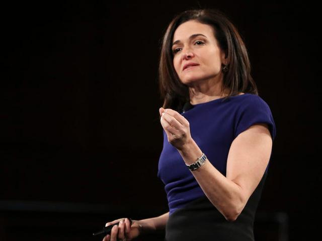 Con đường trở thành người phụ nữ quyền lực nhất Facebook của Sheryl Sandberg - Ảnh 11.