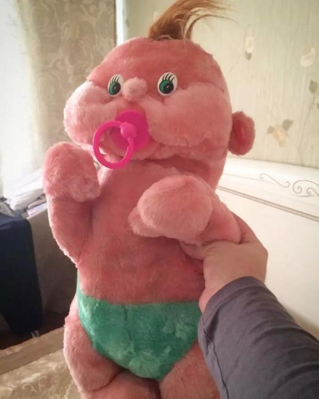 Không tin được đây là những món đồ chơi cho trẻ em, đến người lớn chỉ nhìn thôi cũng hoảng sợ - Ảnh 4.