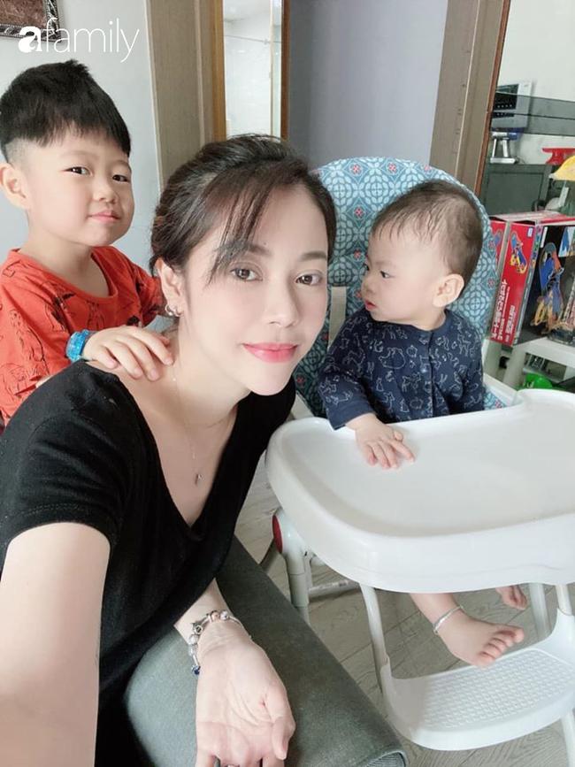 Nỗi khổ xa chồng bất đắc dĩ của cô vợ người Việt cùng 2 con nhỏ vì Corona, tiết lộ cuộc sống hiện tại của anh chồng một mình tại Hongkong - ảnh 8